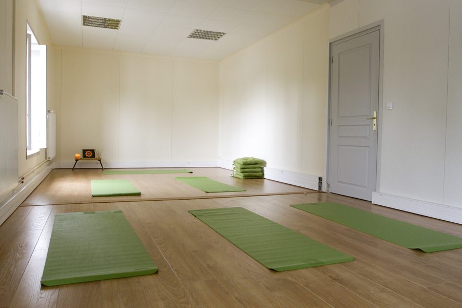 Mai Ram Yoga Schedule of Classes in Chantilly (1/2)